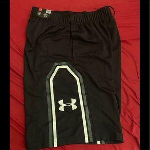 Under armor basketball shorts Size large